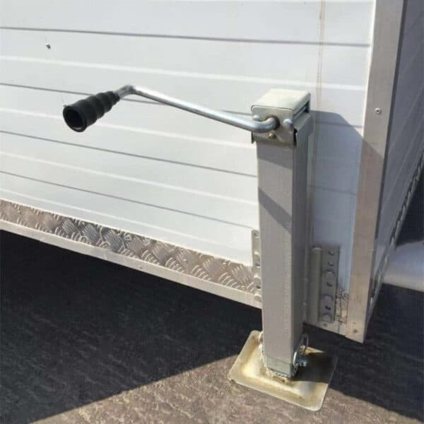trailer stabilizer jack corner leg